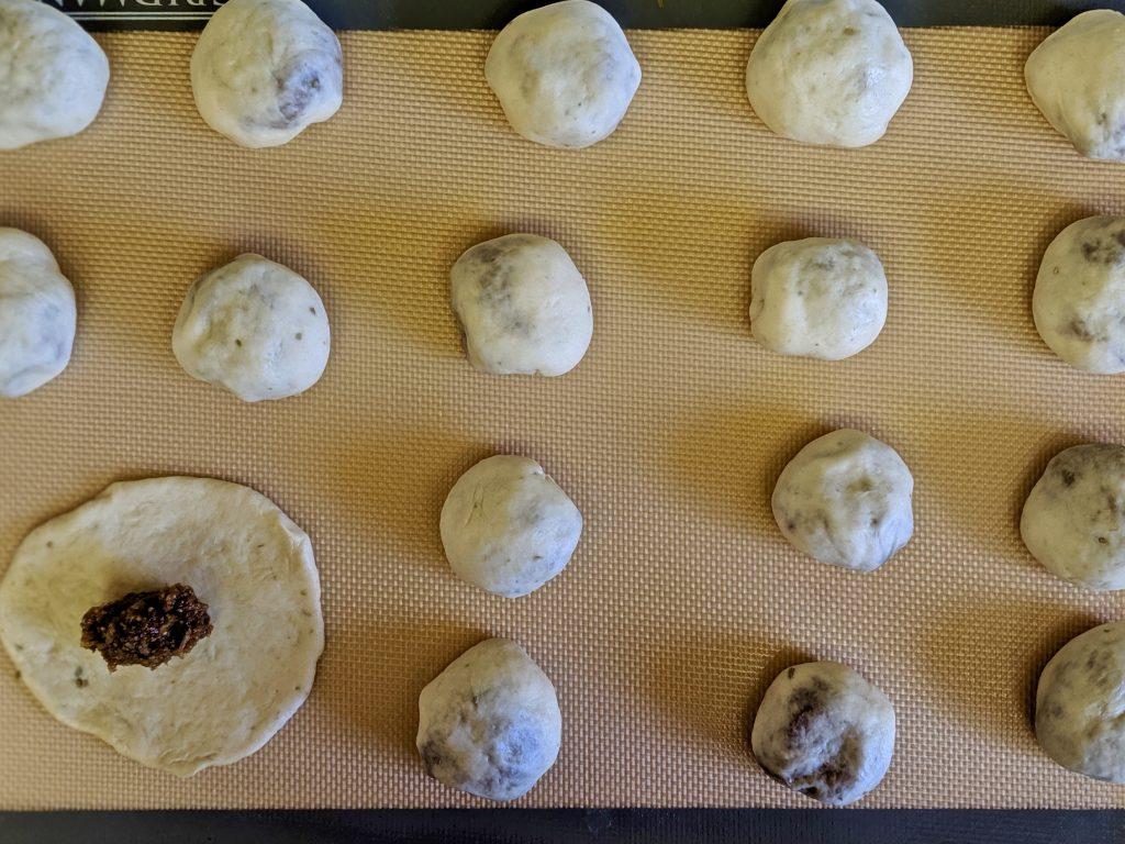 Meal 58 - Babee bi Tamr - Iraqi Date-Filled Pies