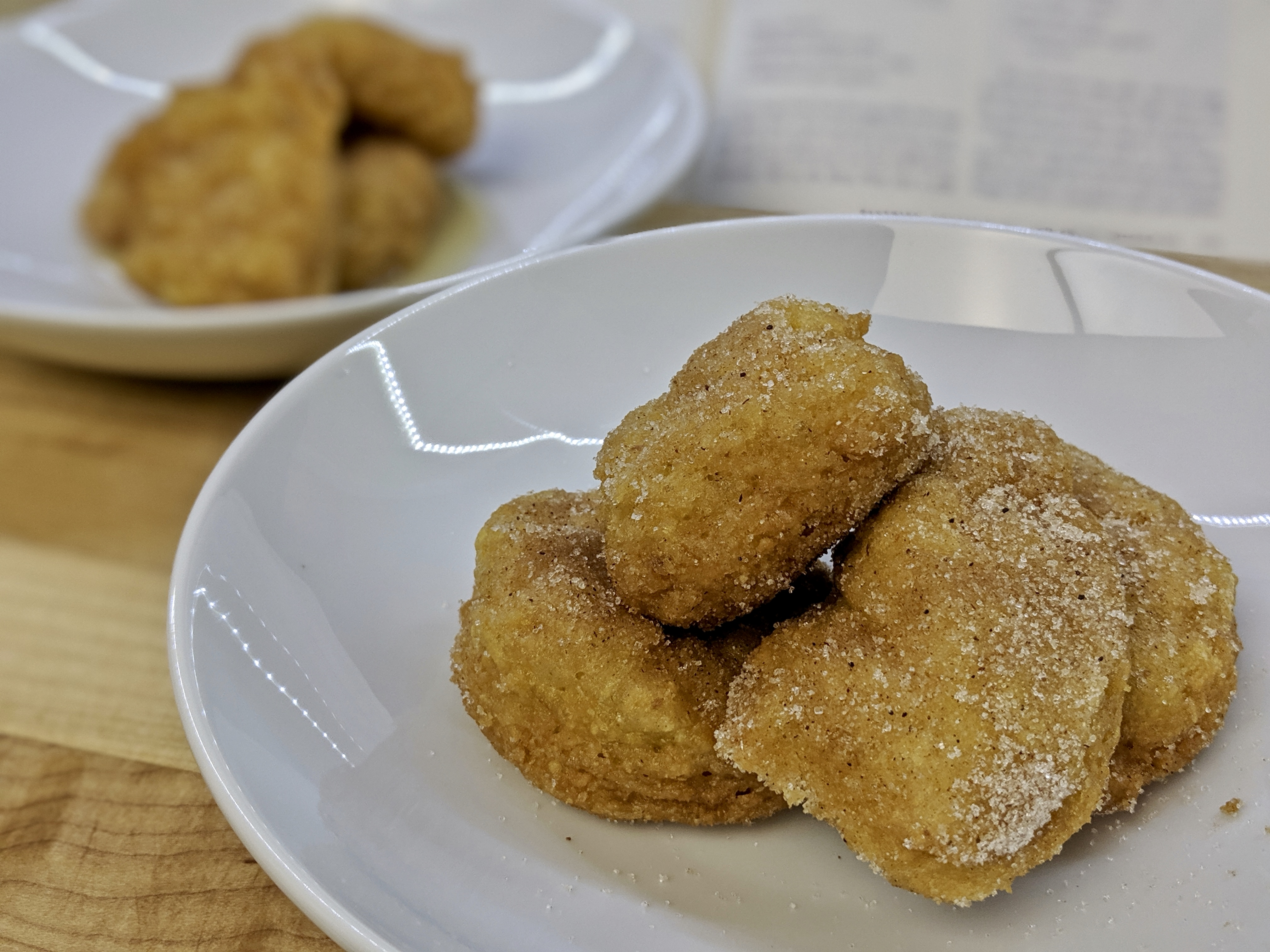 Meal 63 - Friteches - Sfereet - Beignets de Pâques - Matzo Fritters in Syrup