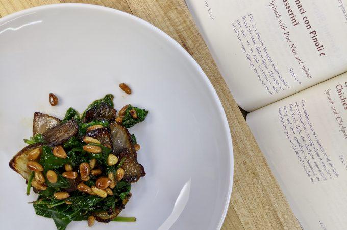 Spinaci con Pinoli e Passerini - Spinach with Pine Nuts and Sultanas