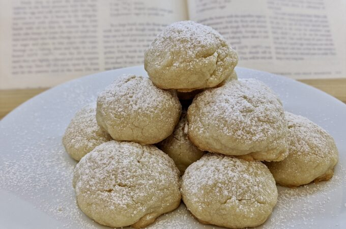 Meal 87 - Ghorayebah - Butter Cookies